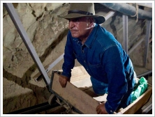 (c)SCA - Zahi Hawass in the tunnel of Seti I tomb, Luxor West Bank