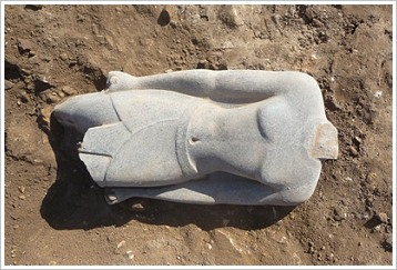 Pharaonic statue of Armant - in situ
